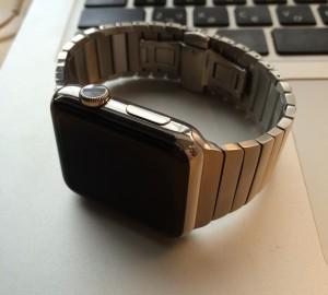 Apple Watch リンクブレスレット装着